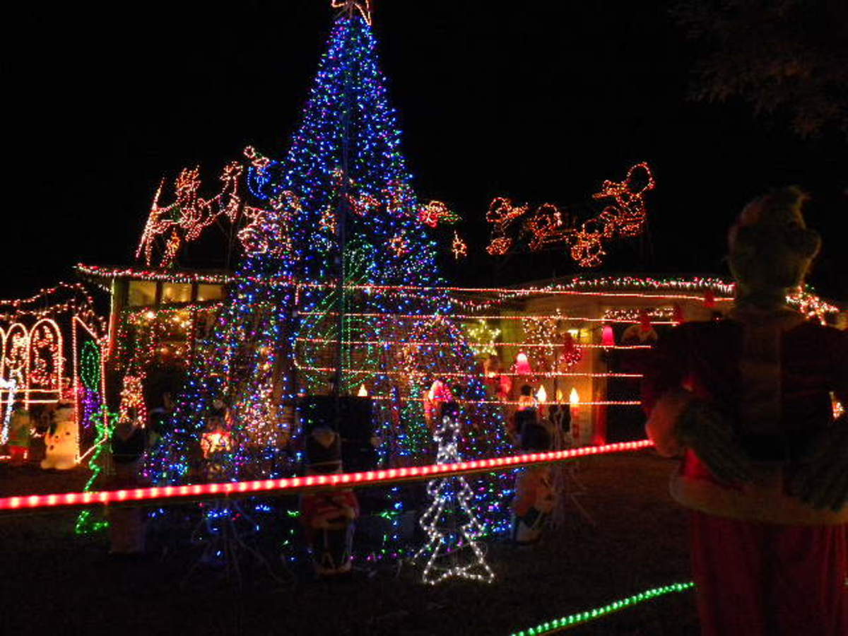 Christmas Lights at Belton Lake TX