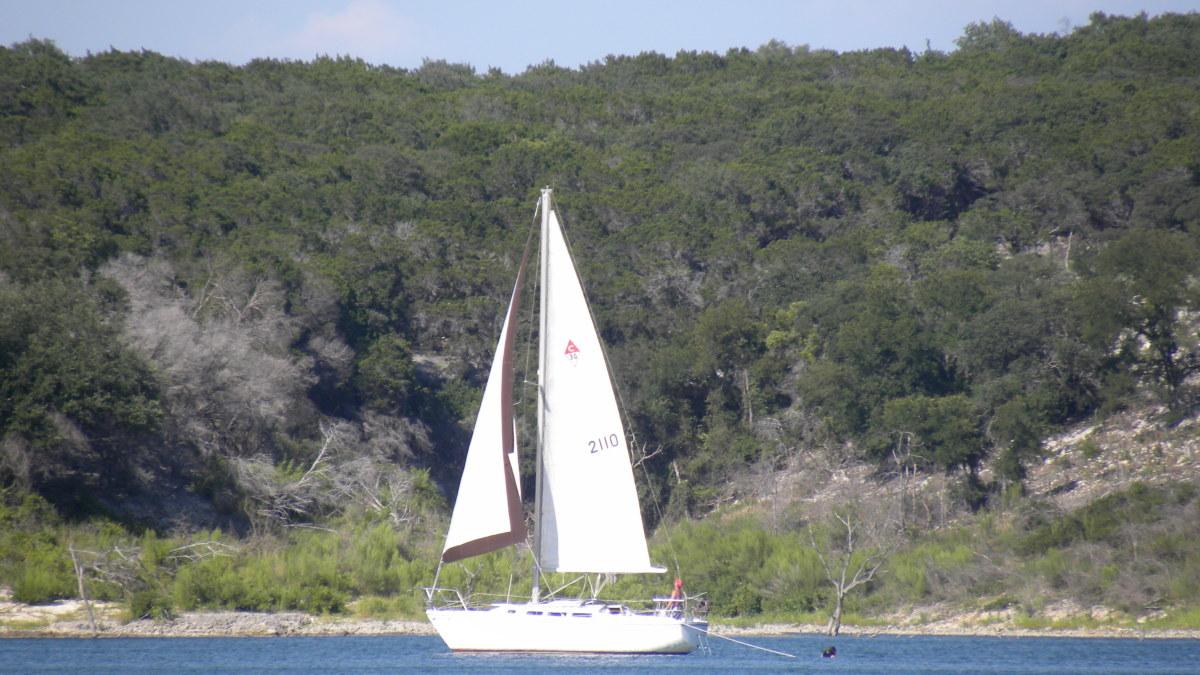 Sailing on Belton Lake TX