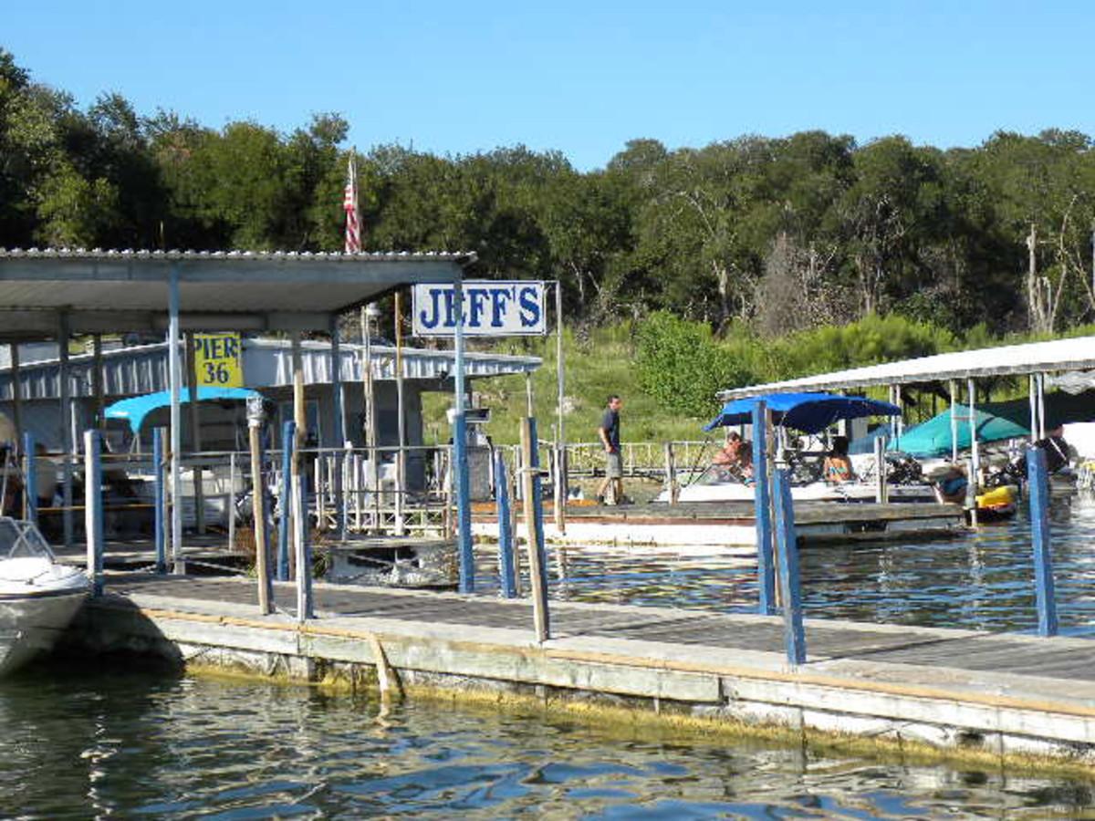 Pier 36 Gas and Bait Shop Belton Lake TX