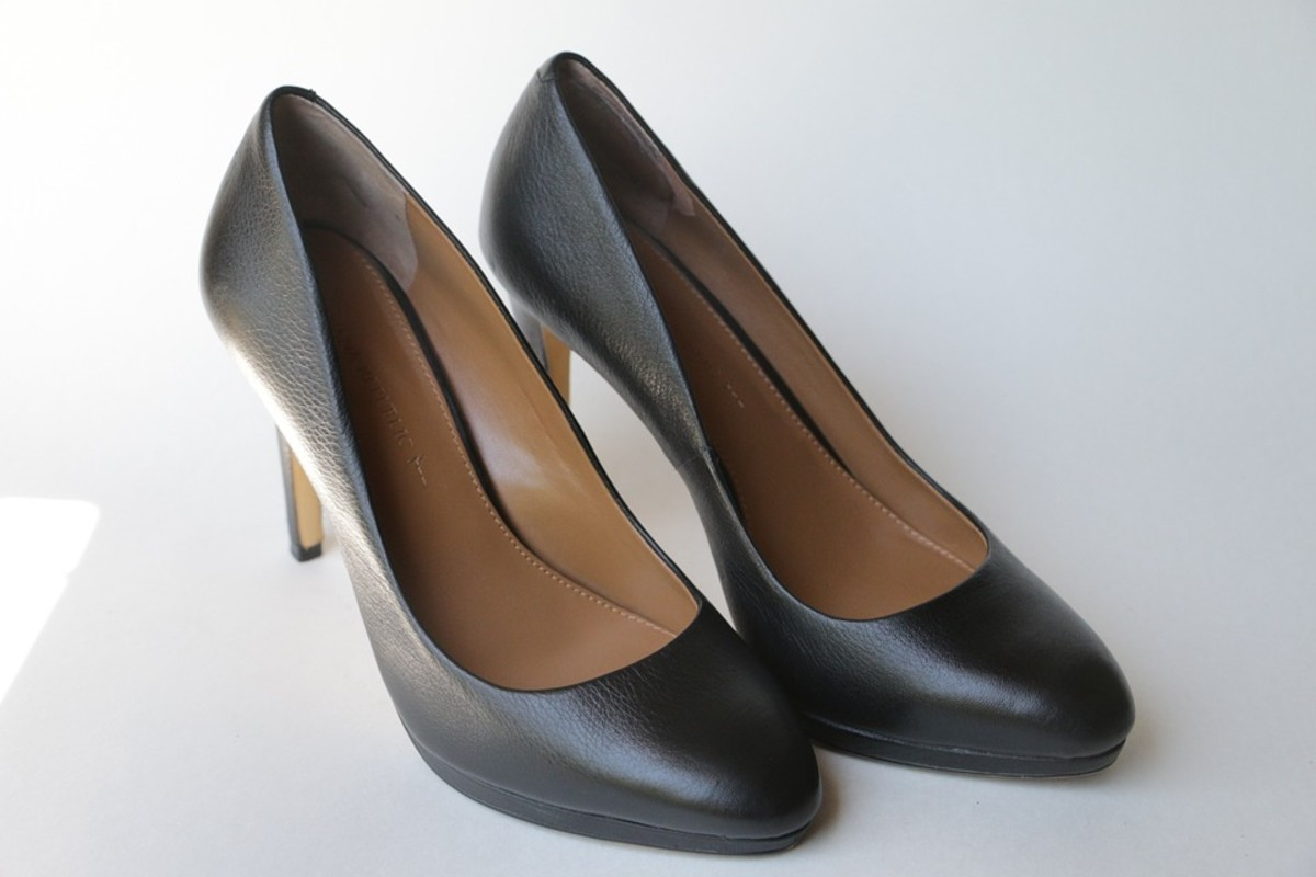 Black pumps are the mainstay of your shoe wardrobe.