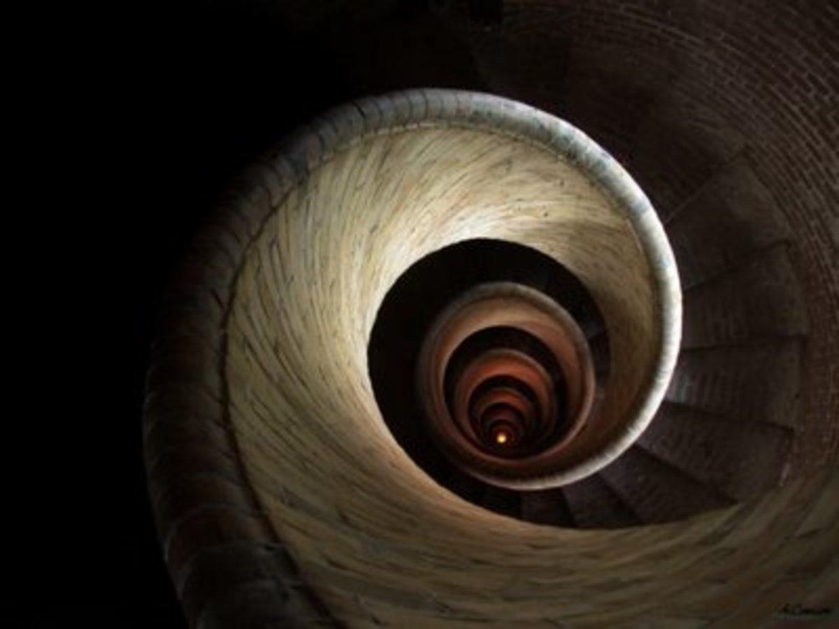 play-analysis-the-rabbit-hole