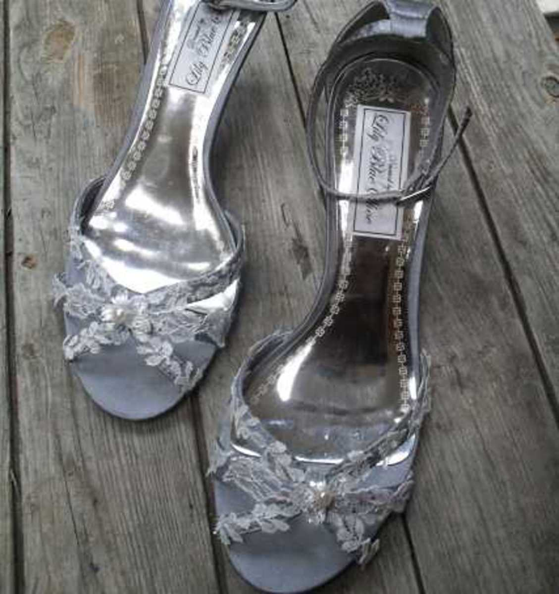 Silvery shoes for twinkly feet
