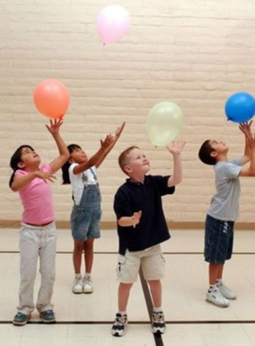How to effectively teach hand eye coordination to early for Air balloon games