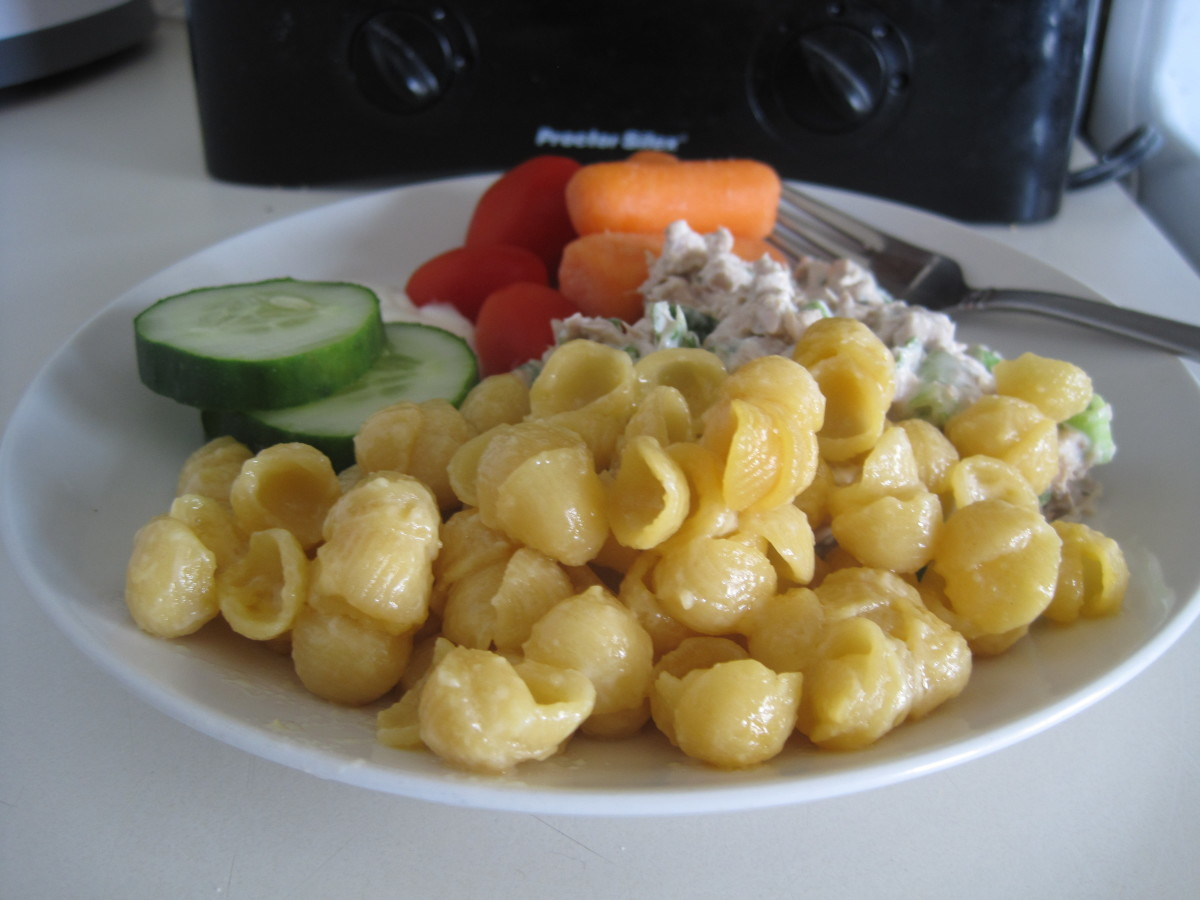 One of my favorite foods to serve with tuna or chicken salad is macaroni and cheese. Sometimes I choose to serve additional veggies alongside tuna or chicken salad instead of mixing them all into the salad.