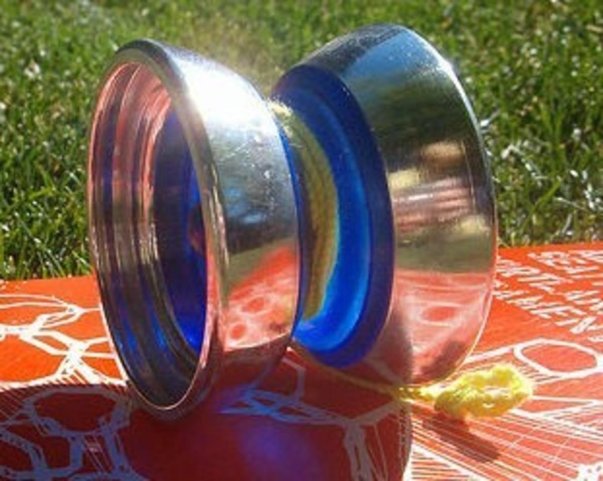 Butterfly shape yo-yo