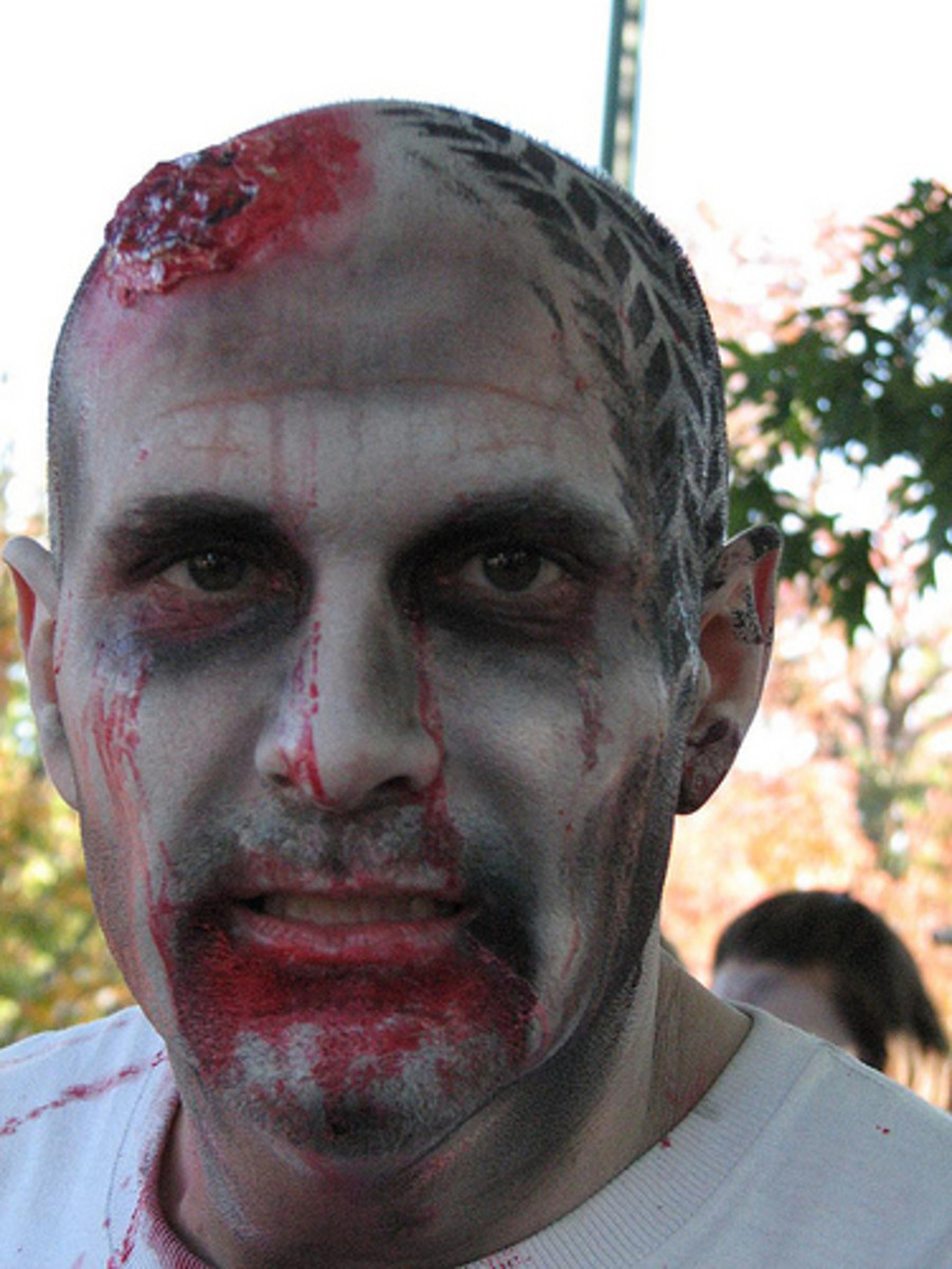 How to Tell If Your Boyfriend Is a Zombie