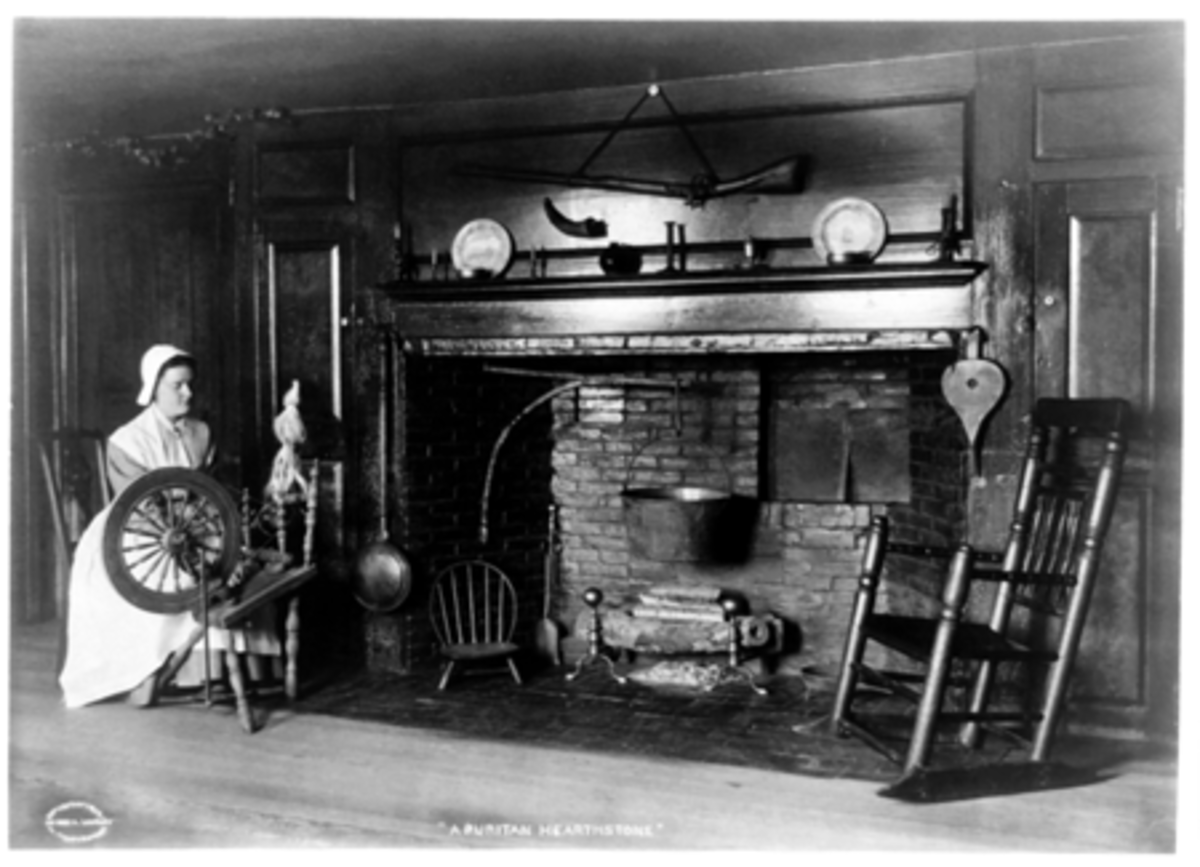 Interiors of Colonial Era Homes (17th to 18th Century America)