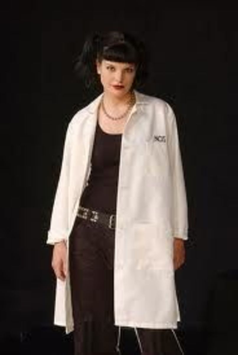 DIY Abby Sciuto Halloween Costume