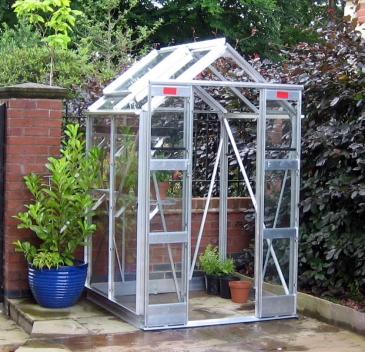 Elite Compact 4ft Wide Greenhouse