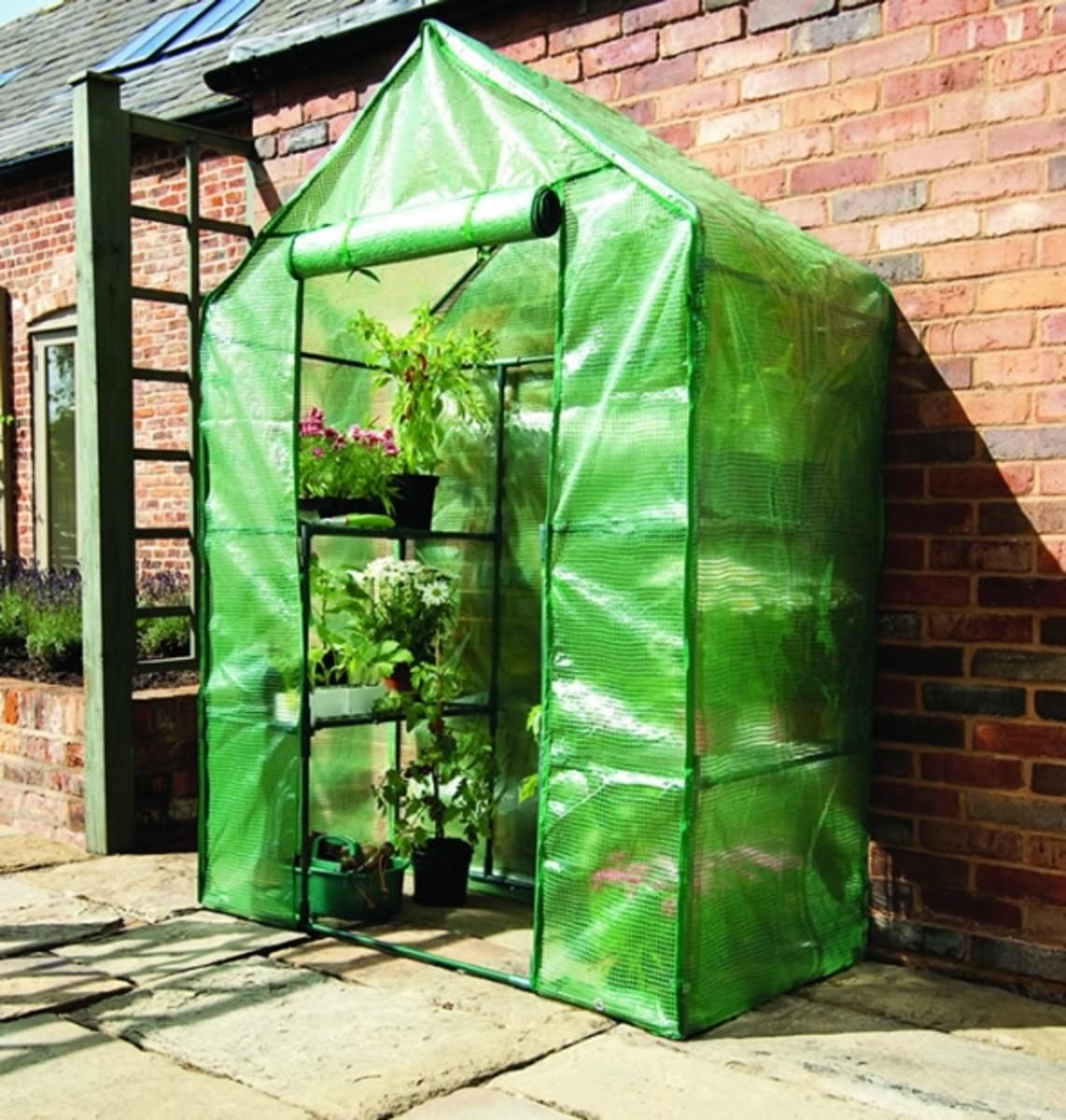 Mini Greenhouse Gardman Compact Walk in