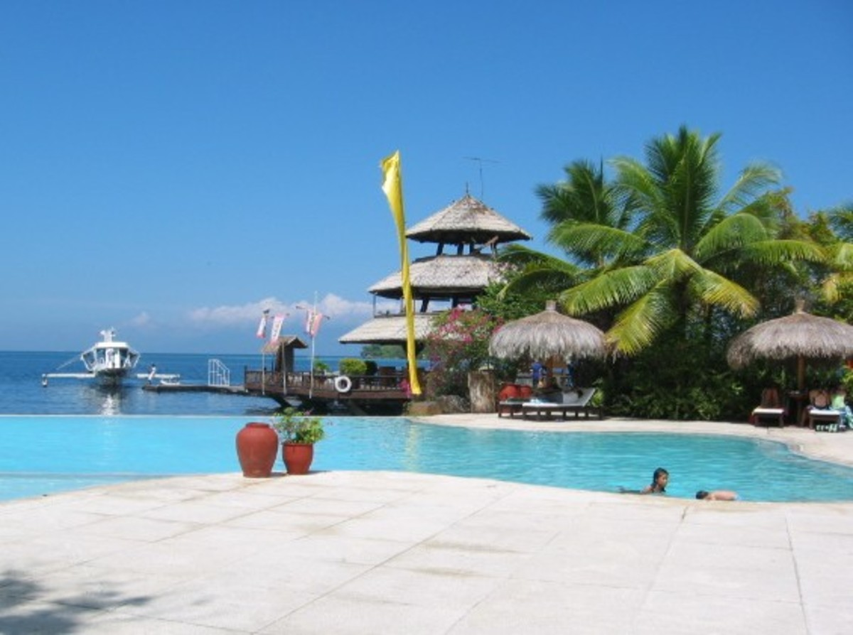 Pearl Farm Beach Resort Infinity Pool