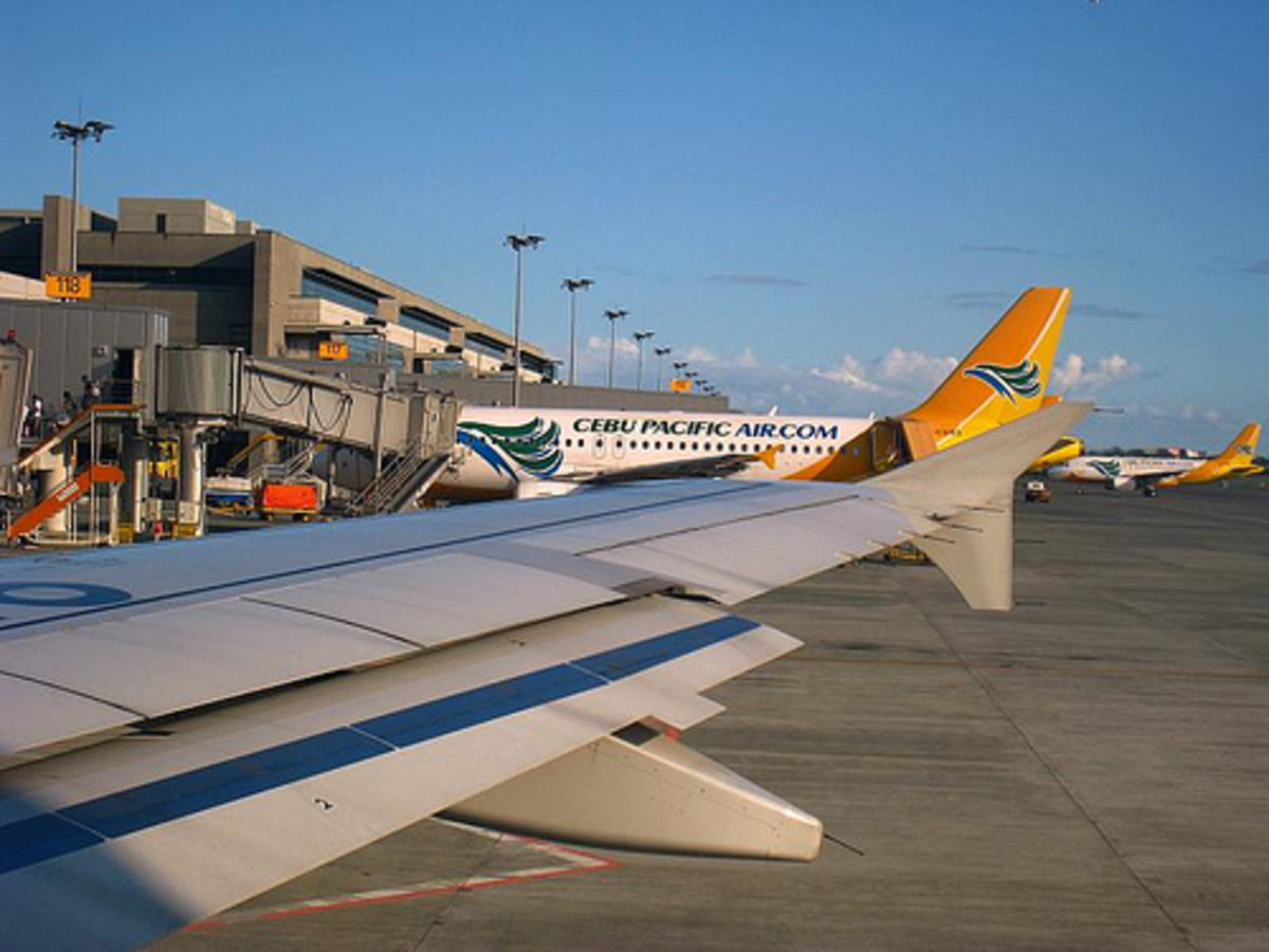 Manila International Airport Terminal 3 - Cebu Pacific & Philippines Air