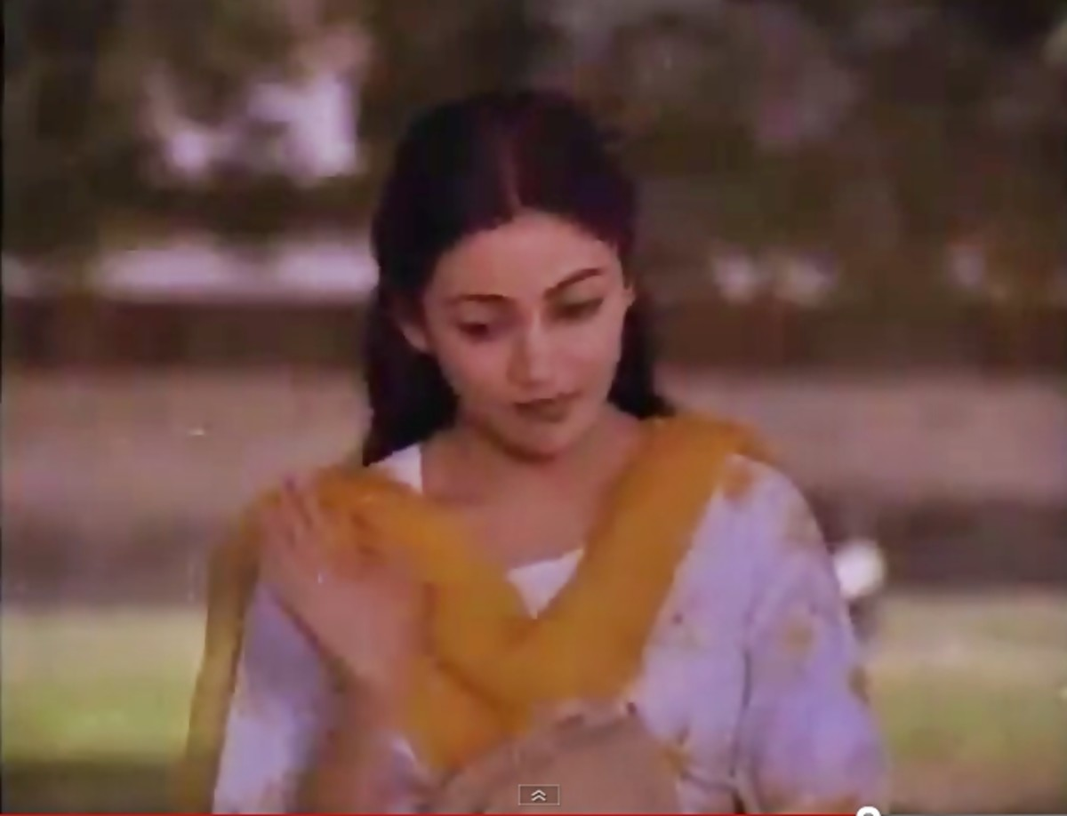 """This song based on Raga KAFI is a reflection of the genius of YESUDAS. Featured on Deepti Nawal in the movie, the visuals reflect an interesting analogy with the lyrics as """"kali ghodi' takes the form of a black motorcycle!"""