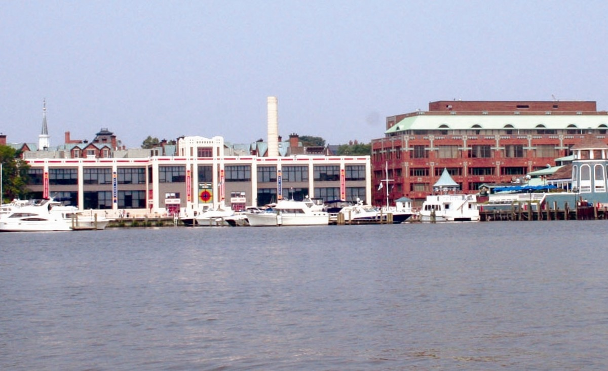 Potomac River cruises and water taxis dock behind the Torpedo Factory.