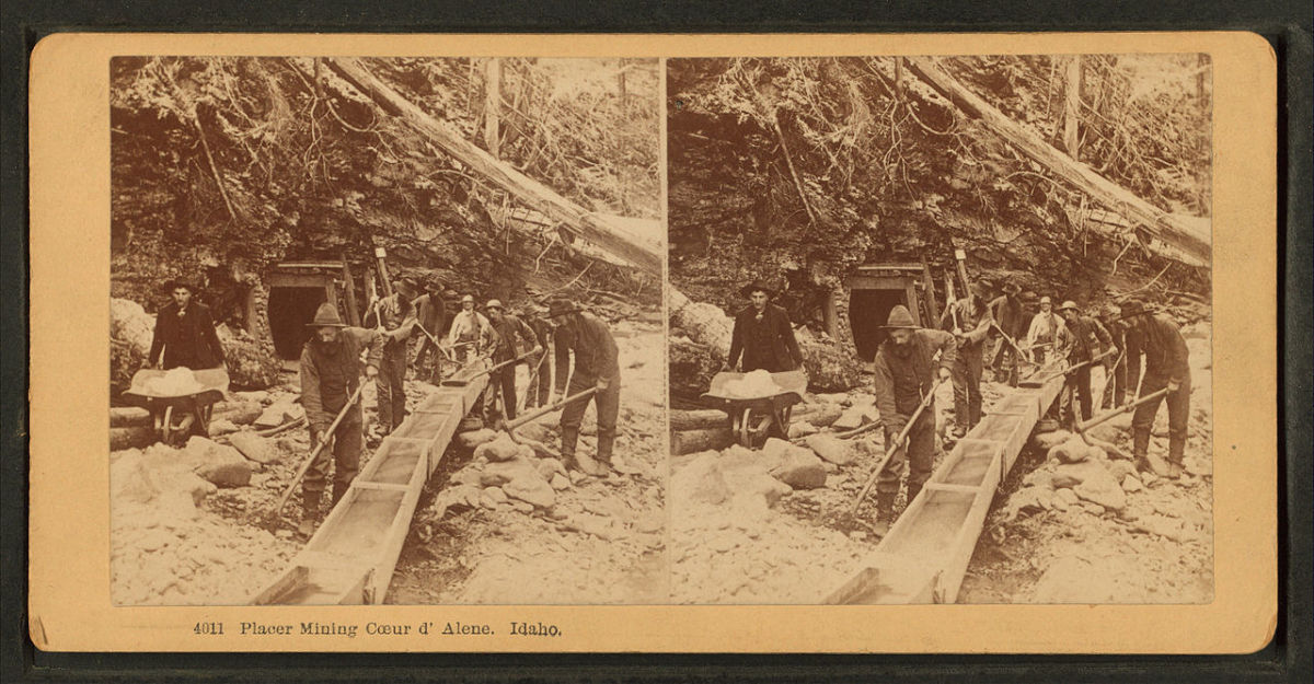 Miners in Coeur d'Alene Idaho. The date of this photo is guessed to be around 1865-1900.