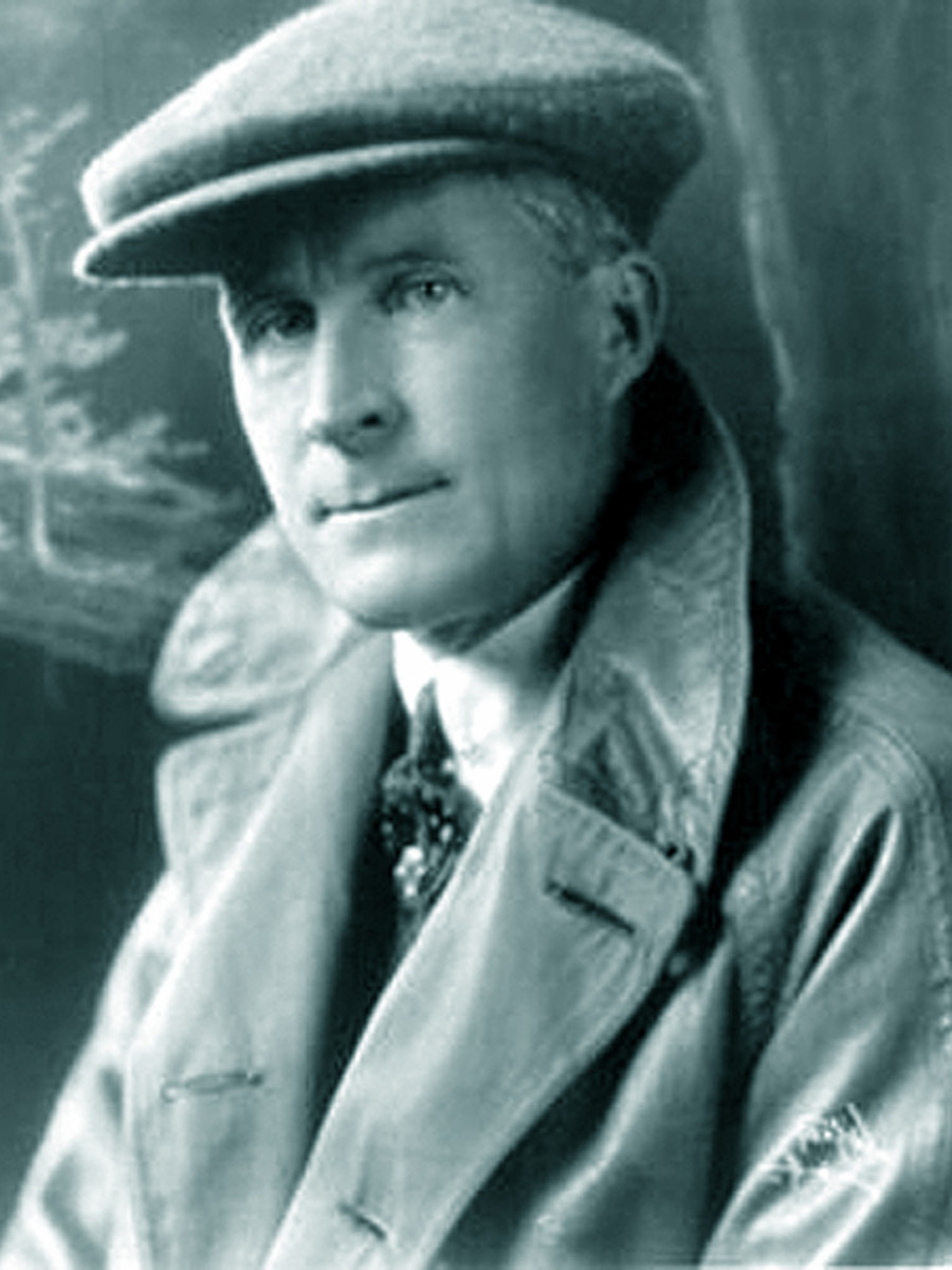 Resultado de imagen de Police discover the body of film director William Desmond Taylor