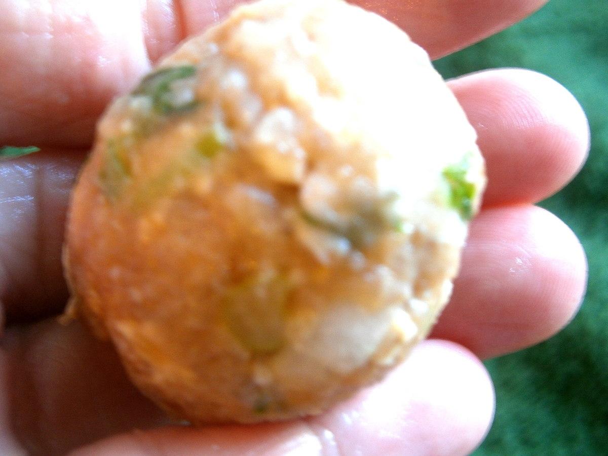 tom-yum-soup-with-meatball-and-tofu