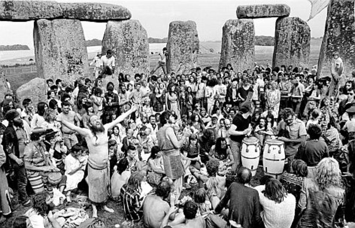 See if you can pick Sid out of the crowd. Stonehenge 1984.