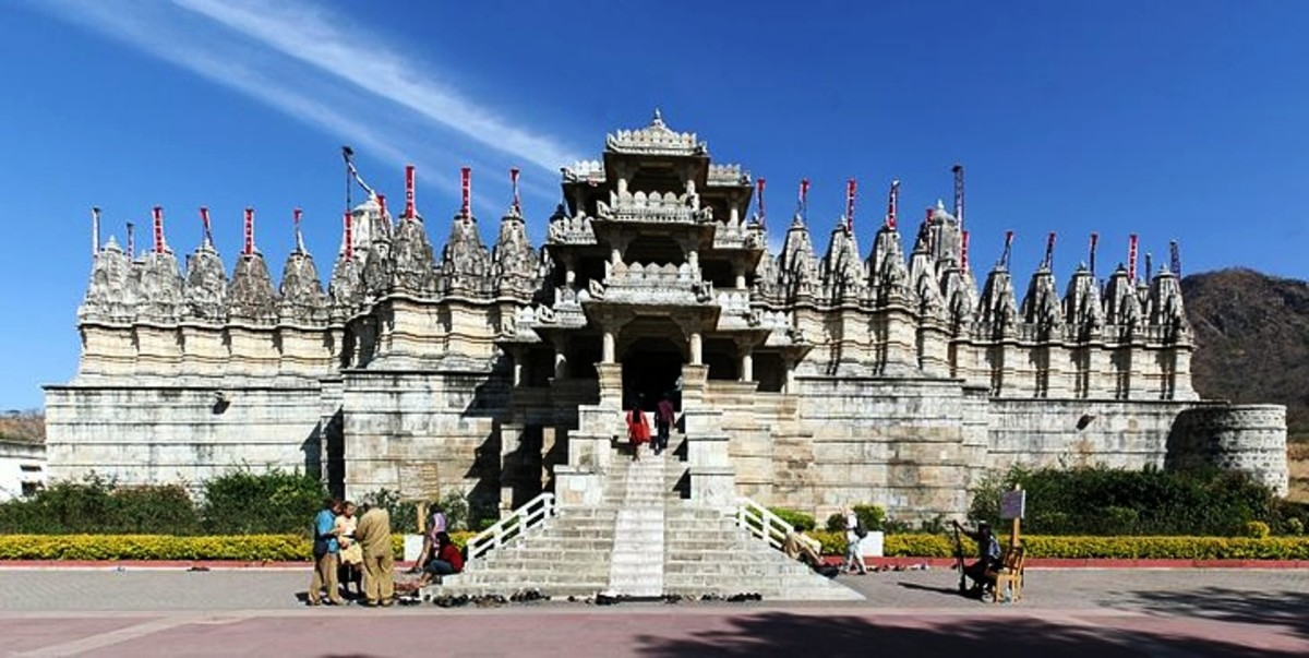This famous Jain temple of Ranakpur was patronized by Rajput King Rana Kumbh.