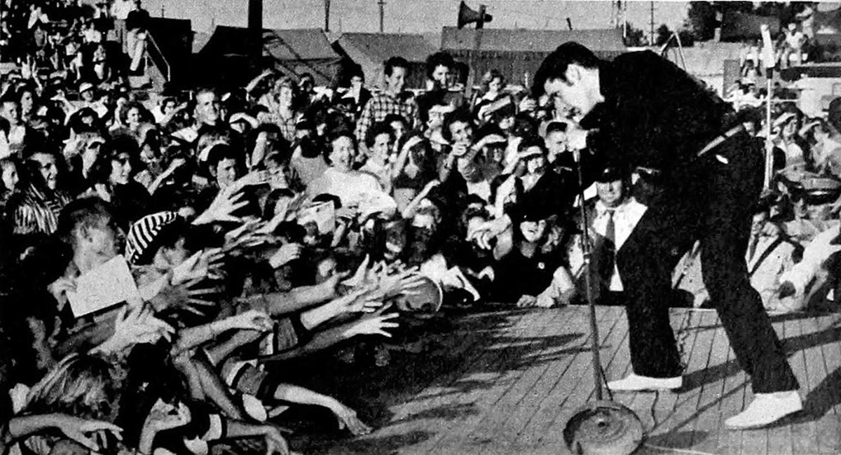 Elvis in Tupelo, Mississippi, September 26, 1956.