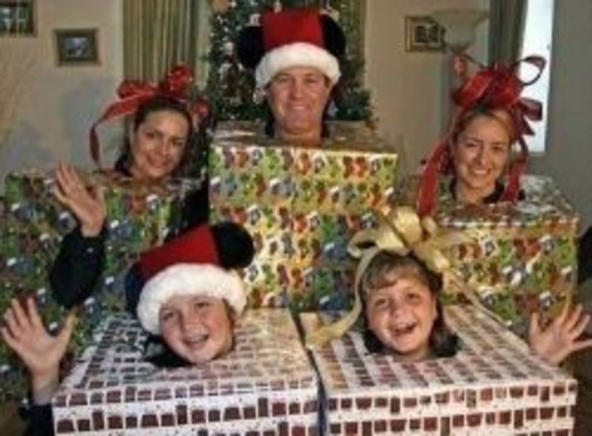 funny christmas card photo ideas 3 -boxes