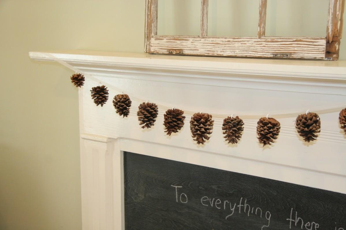 gorgeous pine cone garland