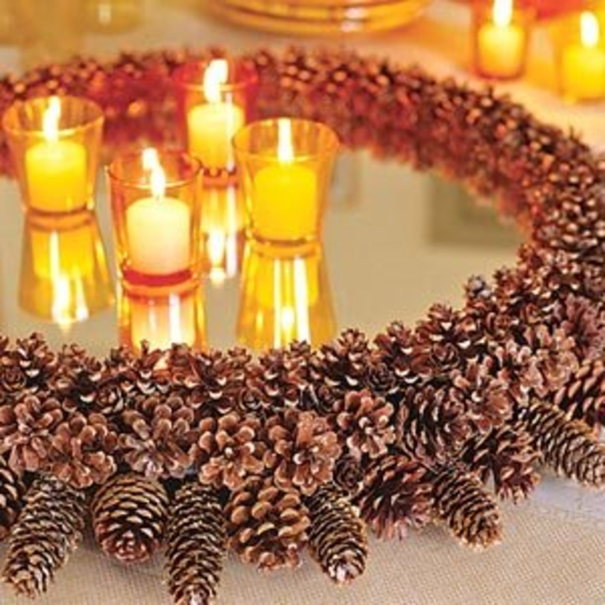 gorgeous mirrored candle tray