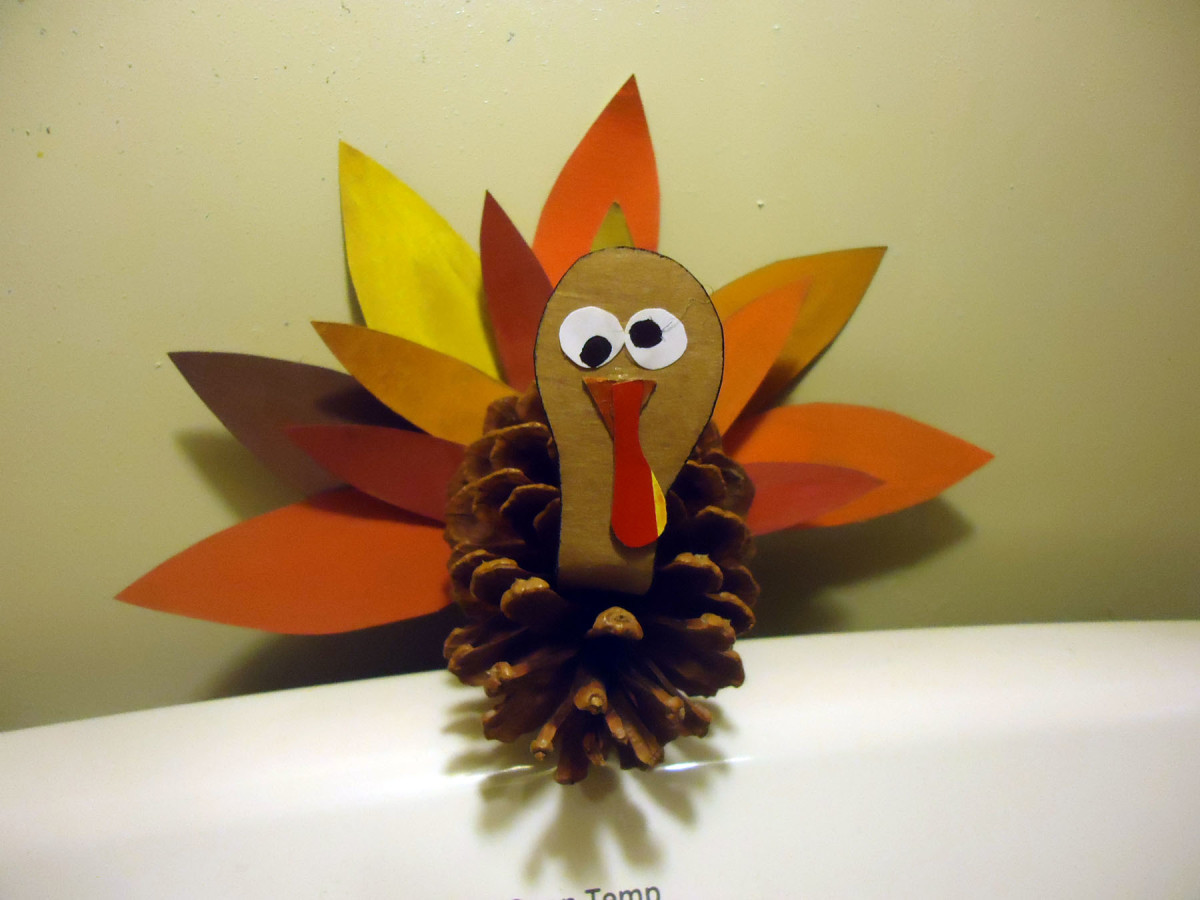 cute pine cone turkey