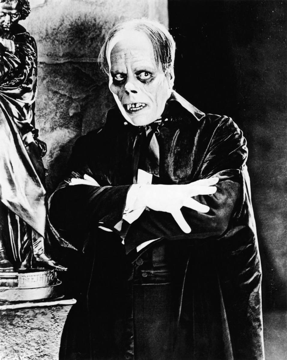Lon Chaney as The Phantom of the Opera (1925)