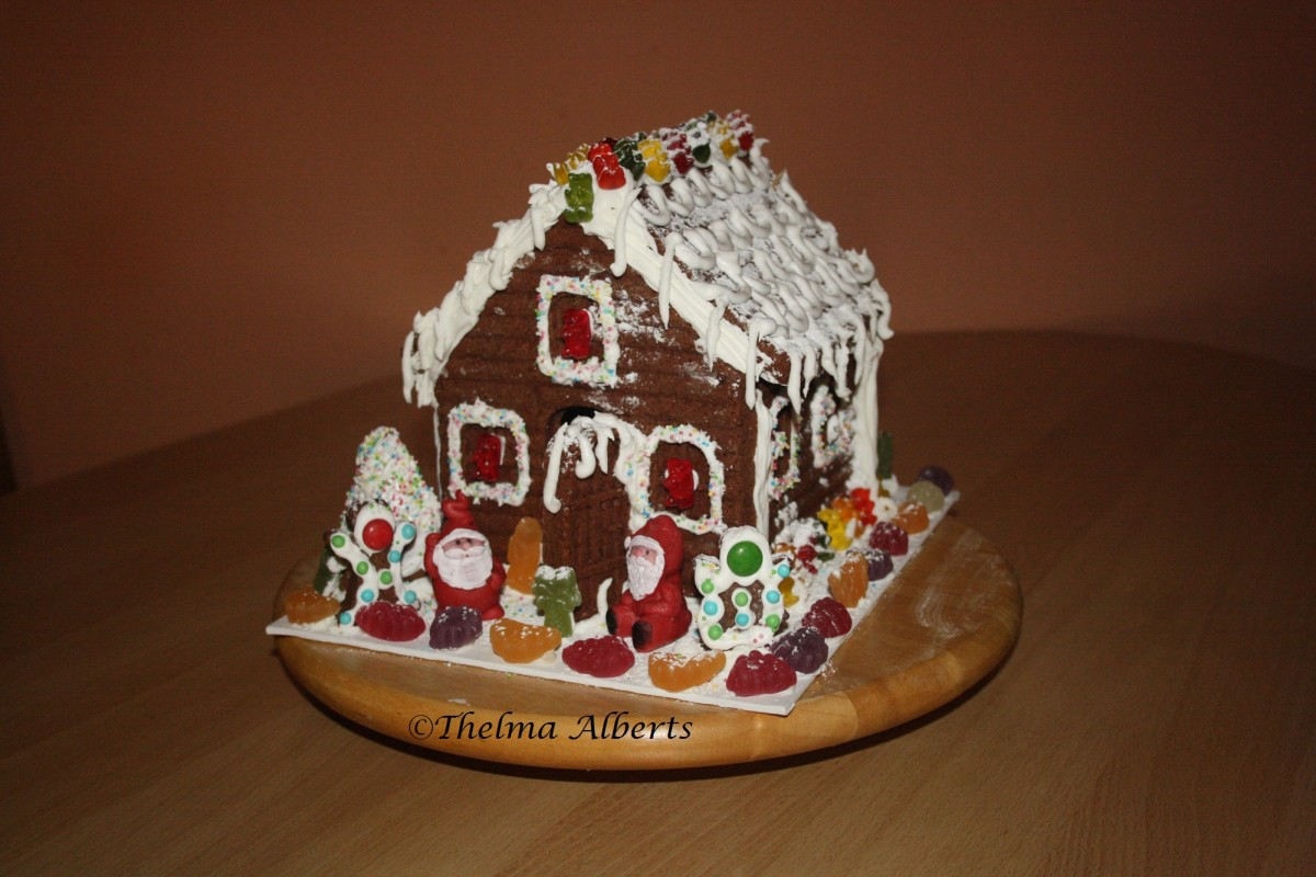 This is my new made gingerbread house, finished last Dec. 13, 2014