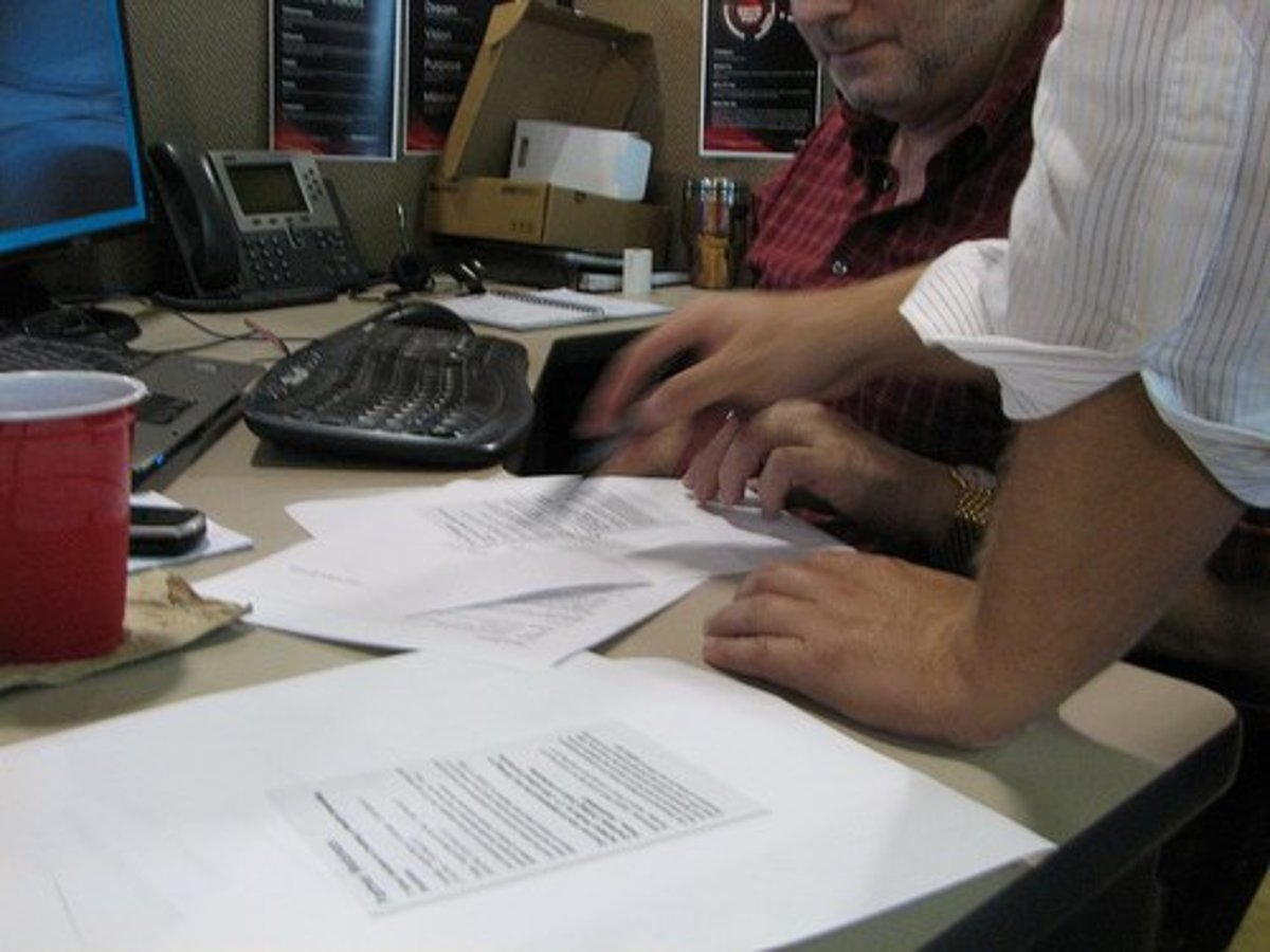 In response to a debt collection letter, write your own response letter and dispute the debt or ask the collection agency to verify all information regarding the unsecured debt.