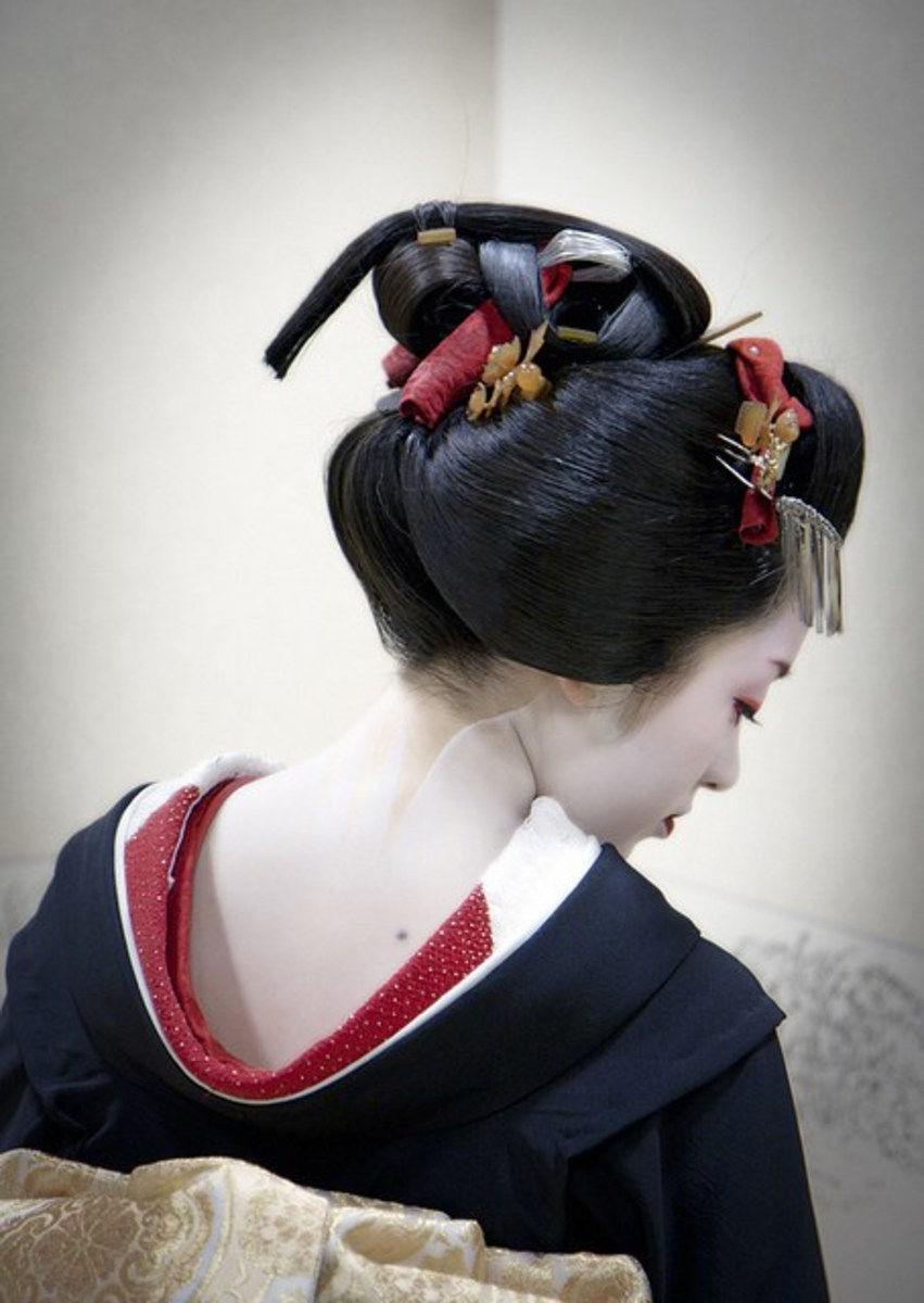 Sakko - This style symbolizes the end of one's apprenticeship.