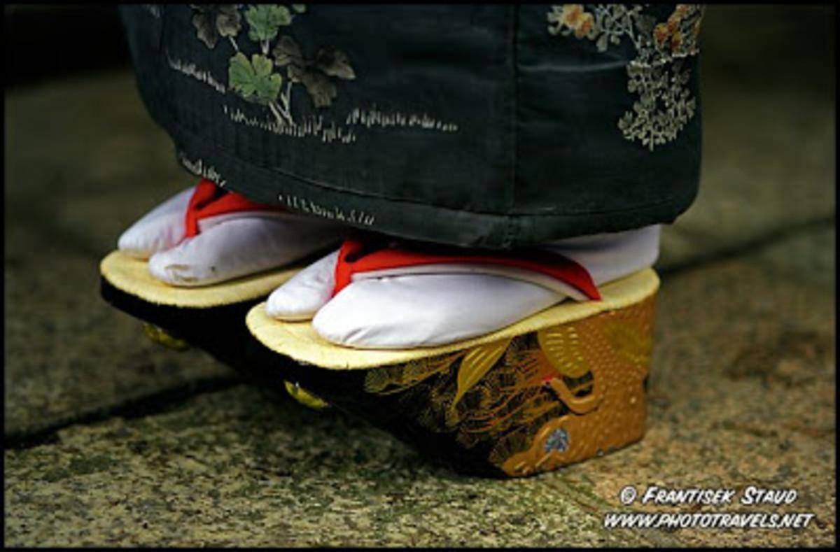 Traditional geisha sandals