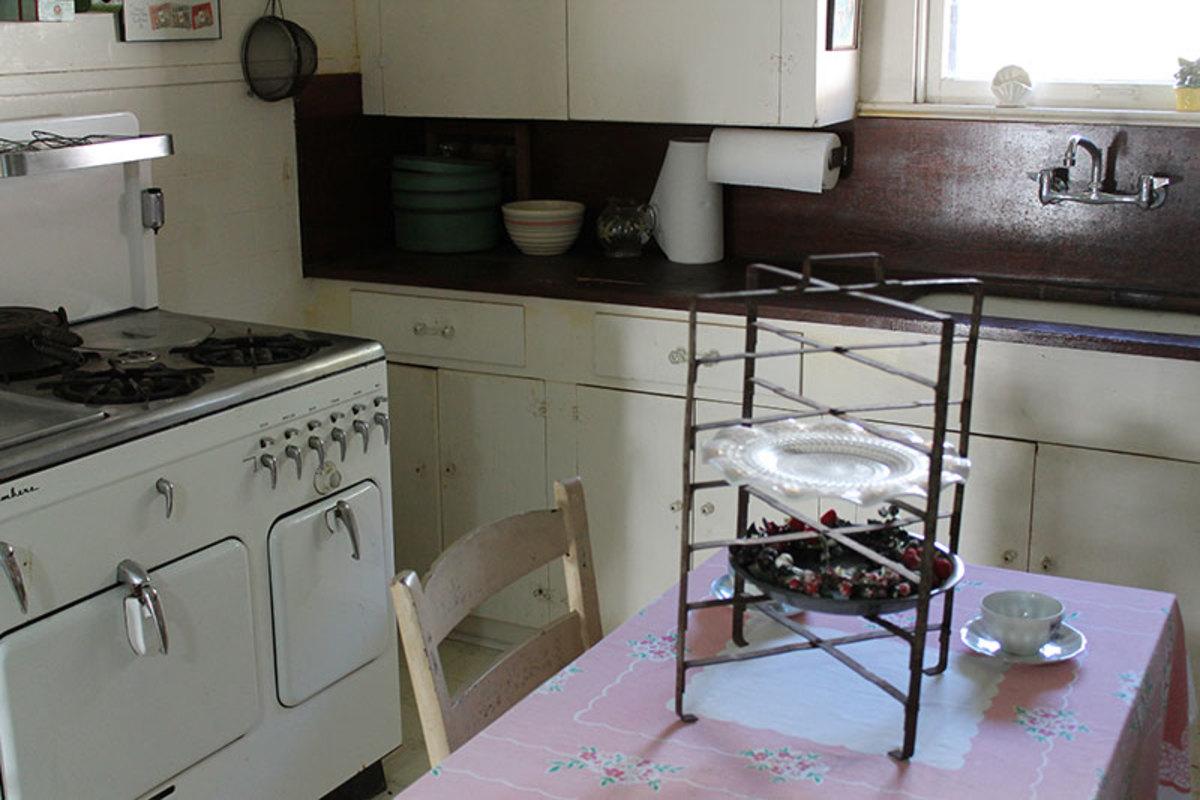 Dine in vintage kitchen