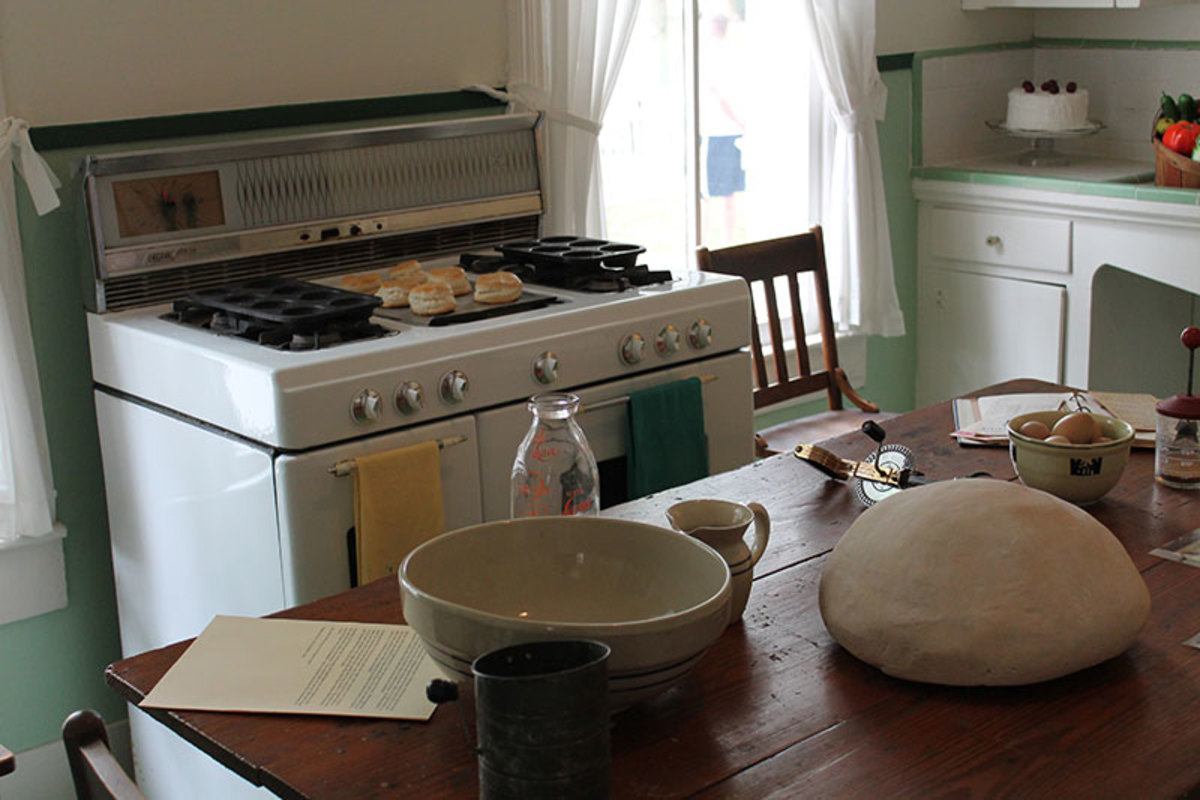 Center work table and large gas range