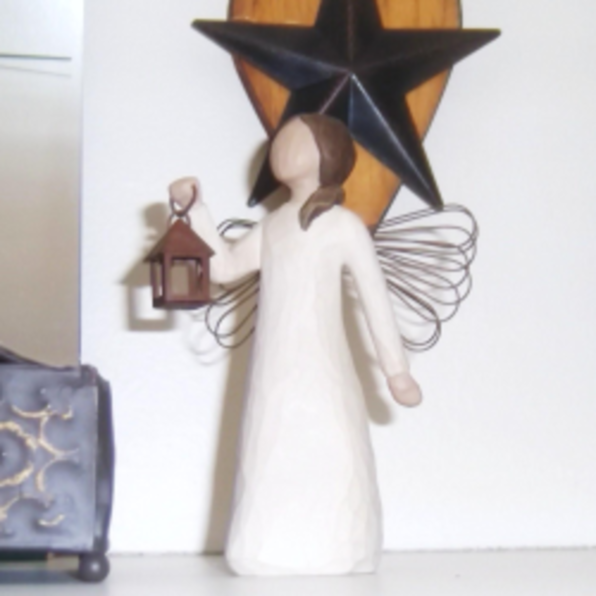 How to Display Willow Tree Angels and Figurines