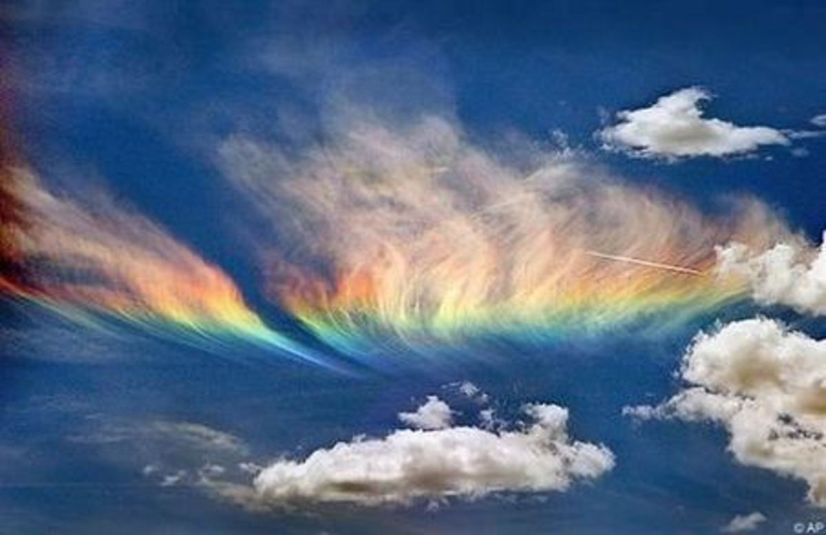"Not all chembows are the same. This spectacular image is the result of reflection of sunlight off properly aligned nano-particles. They have to align just right to cause the ""rainbow"" effect"