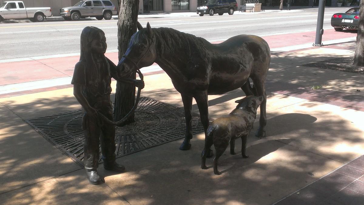 sculpture-tour-douglas-avenue-wichita-kansas