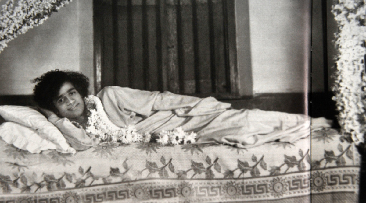 Swami, going to bed at the home of Smt. Ankamma.