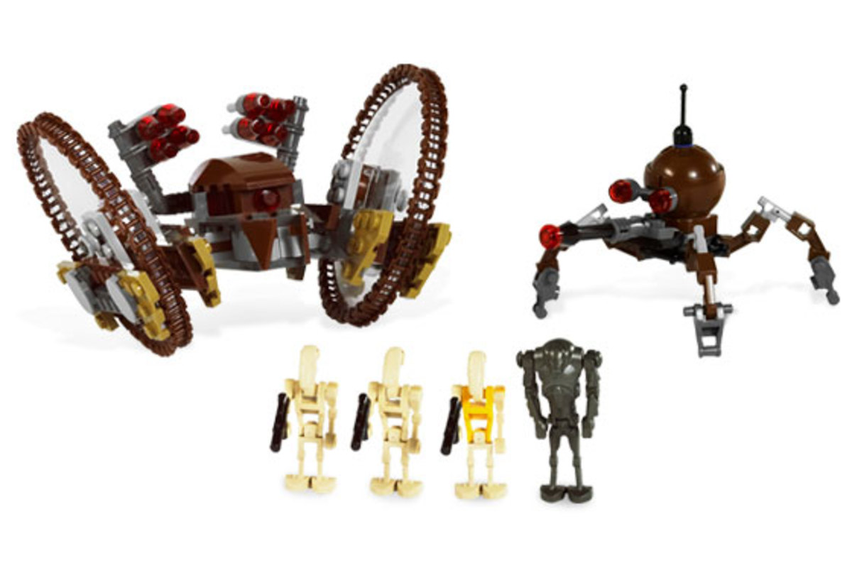 LEGO Star Wars Hailfire Droid & Spider Droid 7670 Assembled