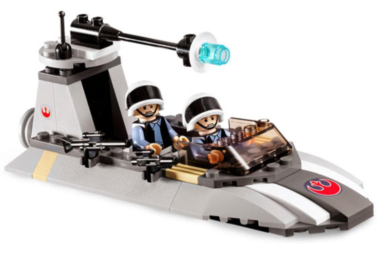 LEGO Star Wars Rebel Scout Speeder 7668 Assembled