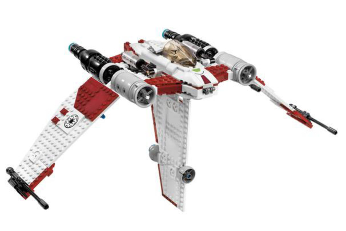 LEGO Star Wars V-19 Torrent 7674 Assembled