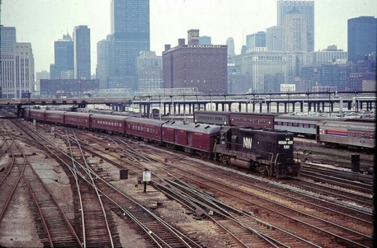 Norfolk and Western merged with the Wabash in 1964 and continued their commuter service. Here is a Post merger version of the commuter train to Orland Park.