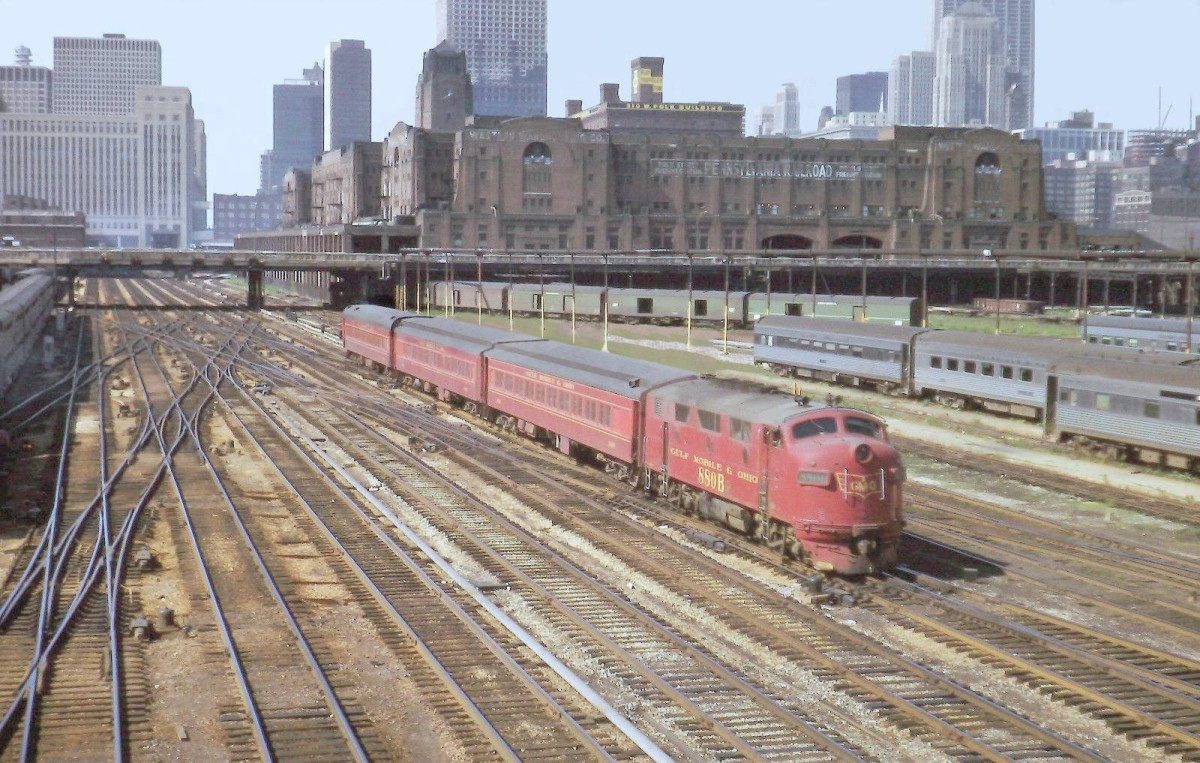 The Pug as the one round trip 3 car train from Joliet was known, heads out of Union station.