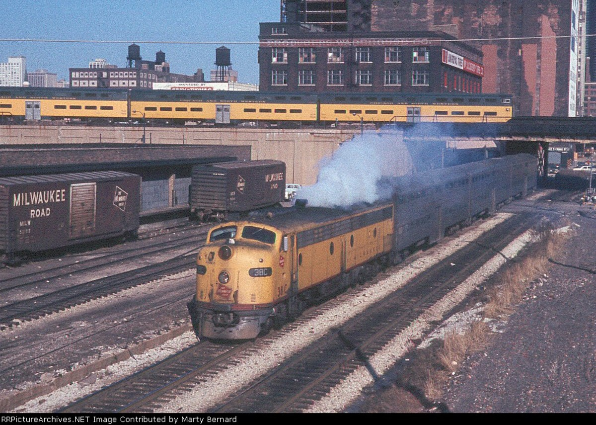 Milwaukee Road Commuter leaving Chicago Union Station