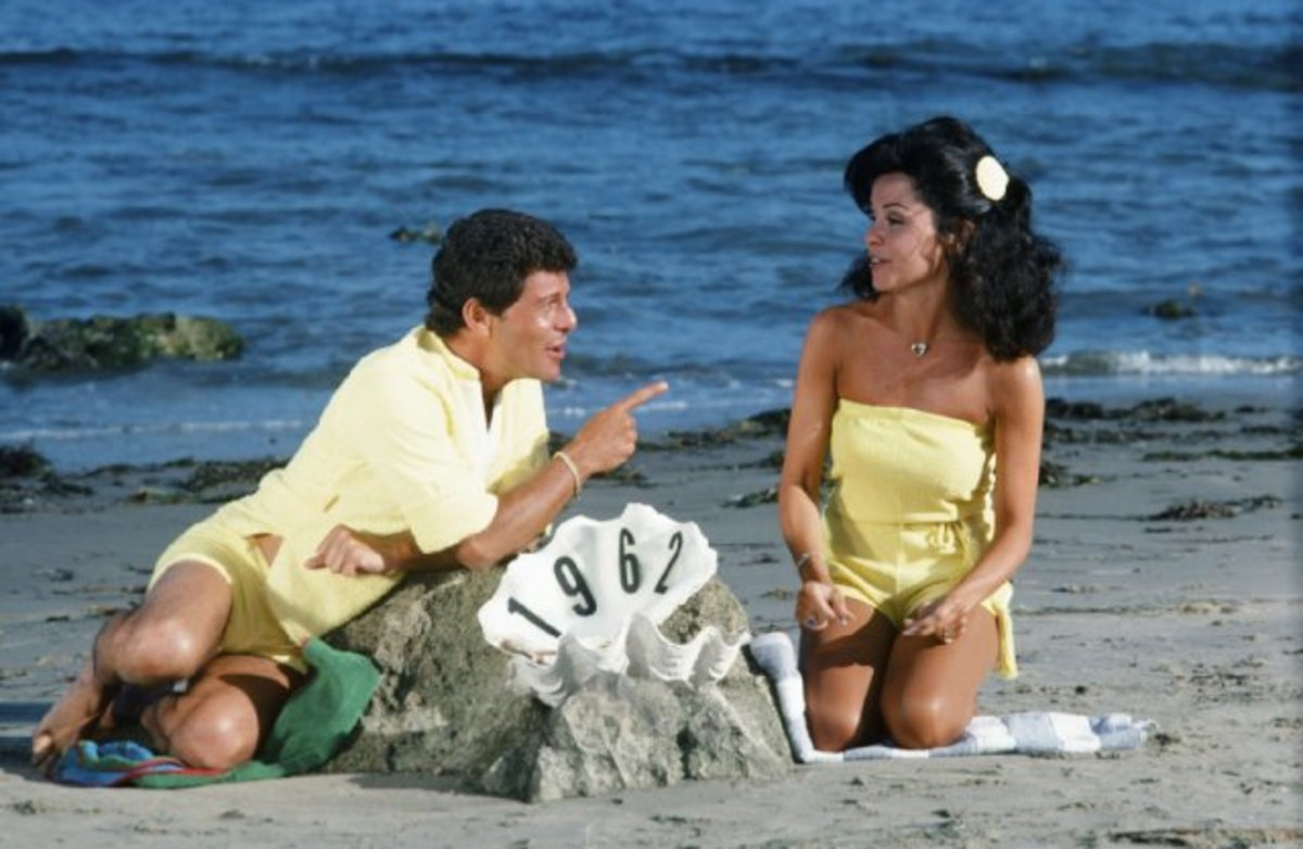 Annette Funicello with Frankie Avalon in the beach movies 1962