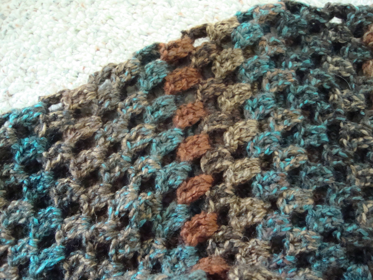 Crocheting Must Haves : Free Crochet Infinity Scarf Patterns You Must Have