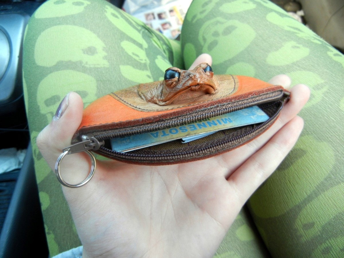 Toad Skin Leather Wallet