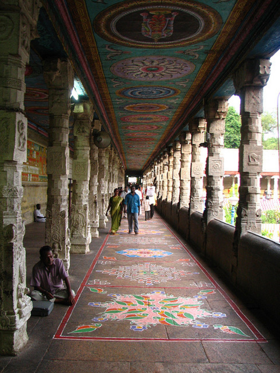 Corridor of the Temple Tank
