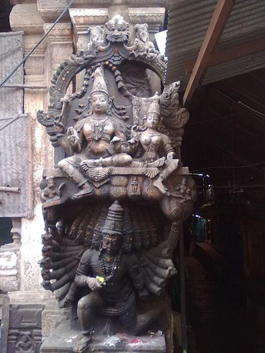 Ravana lifting Kailash